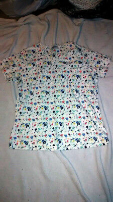 Kathy Ireland White Floral Short Sleeve V Neck Tee Shirt