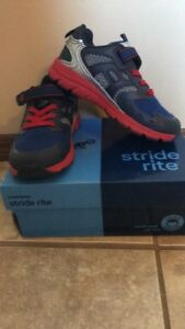 10T stride rite shoes
