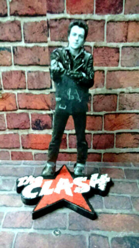 THE CLASH - JOE STRUMMER - FIGURE 20 cm mdf viniyl/plot - Argentina