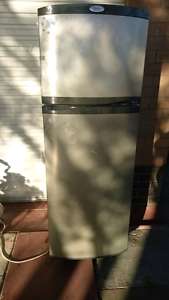 Fridge freezer Australind Harvey Area Preview