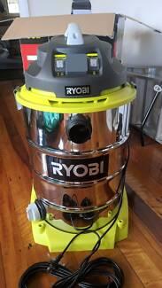 RYOBI Vacuum Cleaner 1400W 60L $200.00 (RETAILS FOR $300.00)