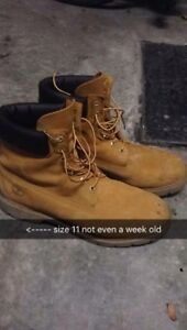 Brand new timberlands (price negotiable)