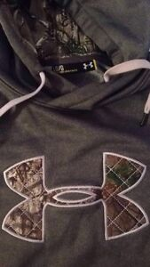 Under Armour Hoodie new OBO