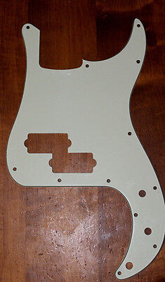 L@@K P Bass pickguard aged mint green Precision 3 ply vintage 62 60s relic