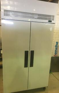Skope Commercial Upright Freezer TMEF1000-DK