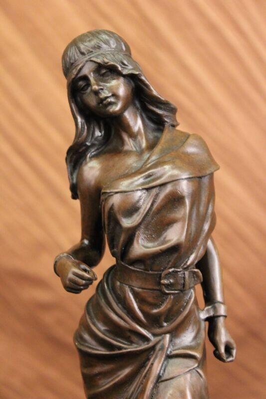 TALL INDIAN GIRL WARRIOR BRONZE SCULPTURE STATUE ON MARBLE BASE FIGURINE FIGURE
