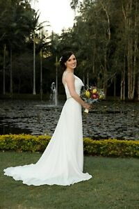 Maggie Sottero, ivory wedding dress (size 6 - 8) Braddon North Canberra Preview