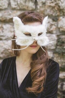 Guy Masquerade Mask (Victorian Trading Co Furry Beaded WHITE Cat Halloween Masquerade Mask)