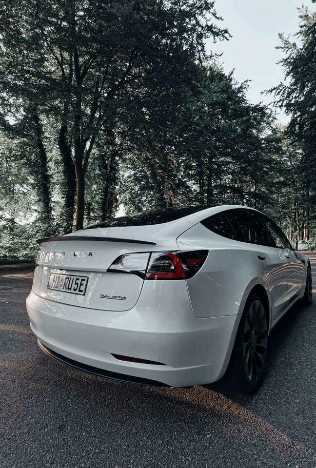 Tesla Model 3 ❤️Performance❤️2021 mieten ab 190€❤️ in Nordrhein-Westfalen - Rahden