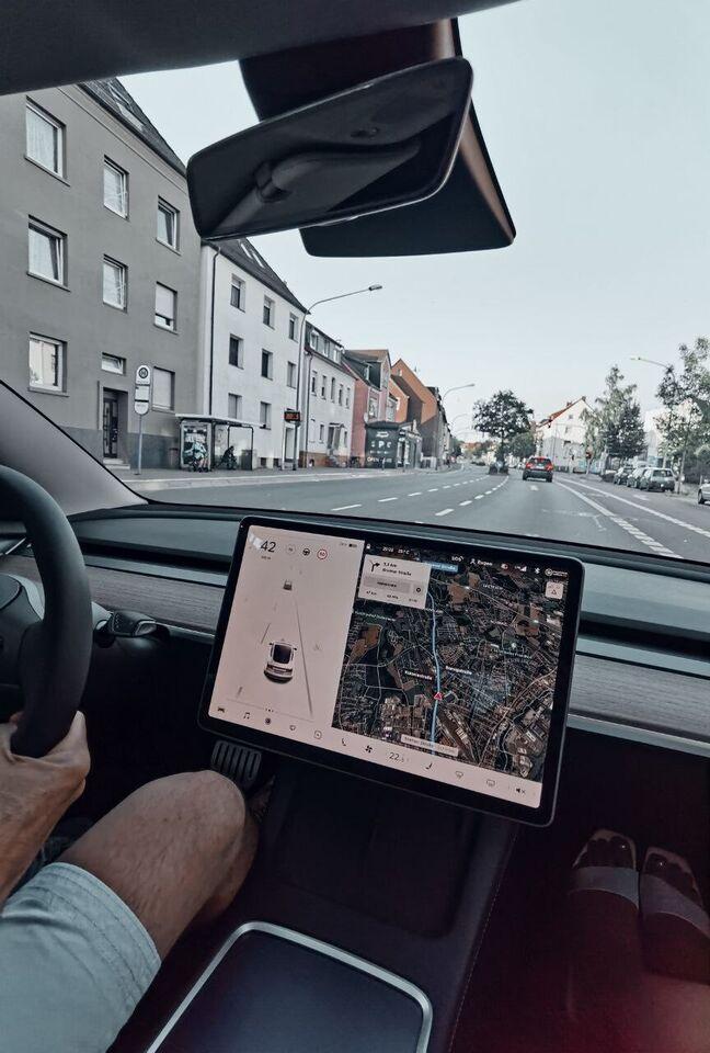 Tesla Model 3❤️Performance❤️2021 mieten❤️200km Frei inkl.Strom in Rahden
