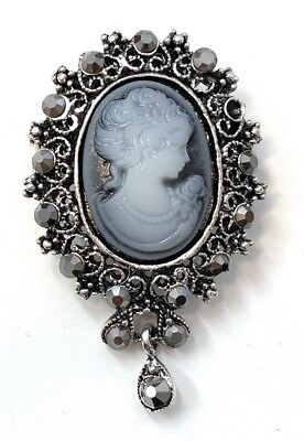 Vintage Retro Style Victorian Lady Cameo Brooch Bag Pin Charm