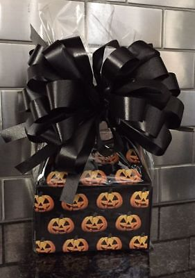 Halloween Candy Baskets (Halloween Candy Gift Box-Basket Wrapped With Black Bow &)