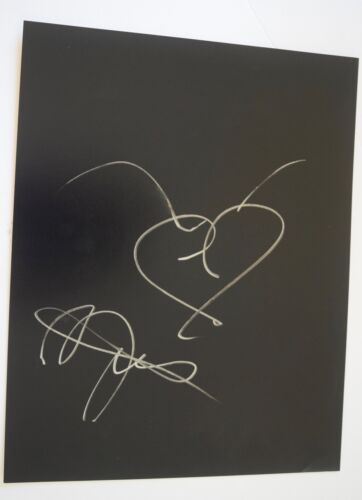 Bella Thorne Signed Autograph 11x14 Hand Drawn Heart Sketch SHAKE IT UP COA VD