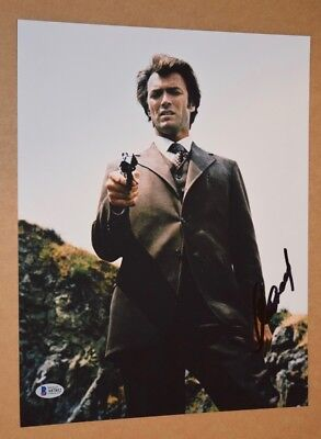 Clint Eastwood Signed Autographed 11x14 Photo DIRTY HARRY Beckett BAS COA