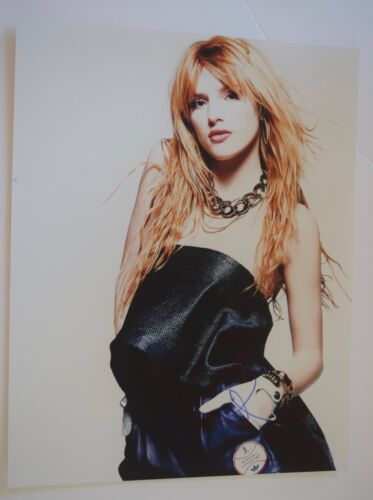 Bella Thorne Signed Autograph 11X14 Photo Shake It Up Famous in Love Hot Sexy VD