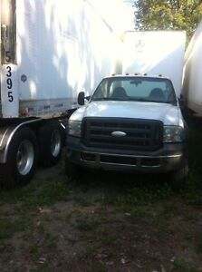 2005 Ford F-550 XL Pickup Truck Cab an chassis