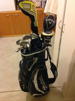 Titelist golf clubs - full set - in good condition