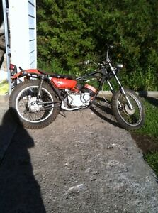 1971 Kawaski  F7 175 cc Motorcycle On / Off Road Bike