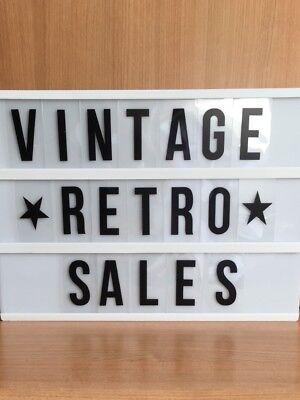 Vintage Retro Sales