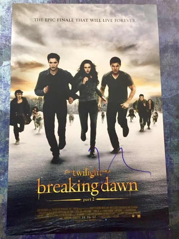 GFA Twilight Breaking Dawn * ROBERT PATTINSON * Signed 12x18 Photo Poster AD COA