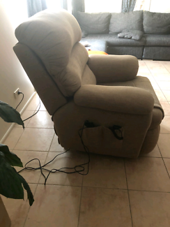 Lanfranco Electric Lift Chair