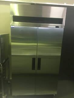 Skope 2 Door 980L Capacity Freezer VF1000GP
