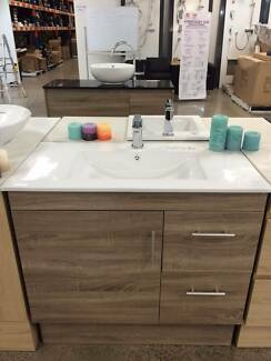 Huge Saving On 900-1200 Vanity EX-Display Sale Forest Hill Whitehorse Area Preview