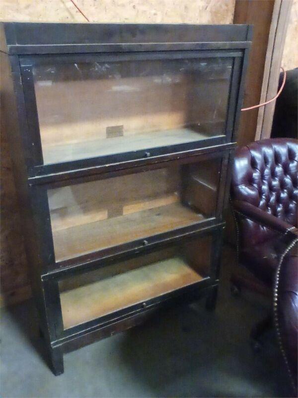 Antique Walnut Bookcase – Globe Wernicke 3 sections