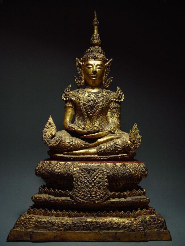 ANTIQUE BRONZE MEDITATING CROWNED RATTANAKOSIN BUDDHA. TEMPLE RELIC 18/19th C
