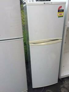 excellent 3.5 star energy rating 234 liter LG fridge , can delive Box Hill Whitehorse Area Preview