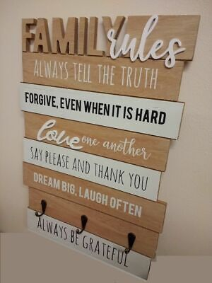 SIL VINTAGE WOODEN FAMILY RULES SIGN / PLAQUE KEY HOLDER WALL MOUNTED HOME DECOR