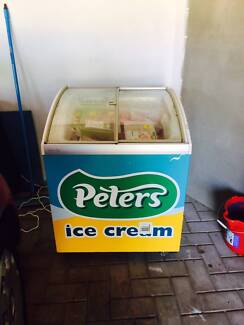 Peters & Brownes Ice Cream Freezer Beeliar Cockburn Area Preview