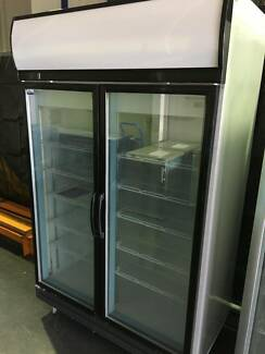 Kingloc 976L Capacity Commercial Upright Freezer 2D/DF