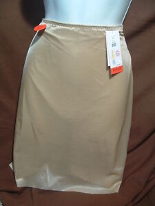 NEW SPANX SKINNY BRITCHES 1019P NUDE SHEER SHAPING POWER SKORT SIZE 3X