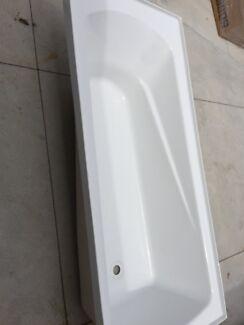 Englefield bathtub  Belfield Canterbury Area Preview