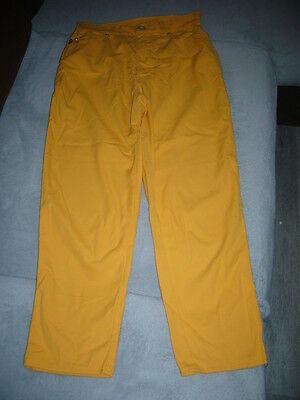 pantalon fluide toile  jaune  taille  34  ** escada **
