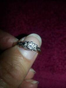 Antique diamond ring Albury Albury Area Preview