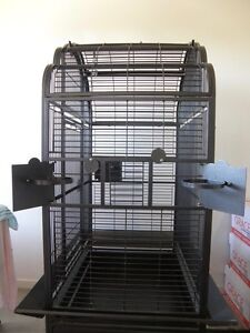Ornate parrot cage with top, front and platform opening. Tarneit Wyndham Area Preview