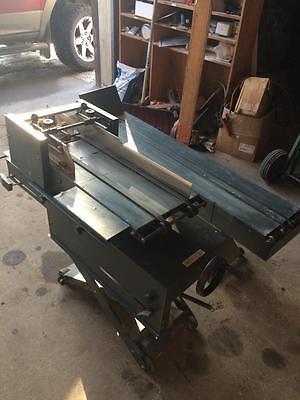 Suspension Envelope Feeder And Conveyor