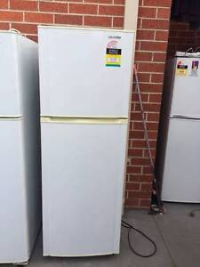 4.5 star Great working 244 liter sumsung fridge , can delivery at Box Hill North Whitehorse Area Preview