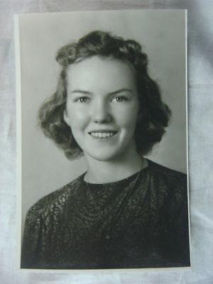 Vintage Photo Portrait Pretty Teen Girl 823