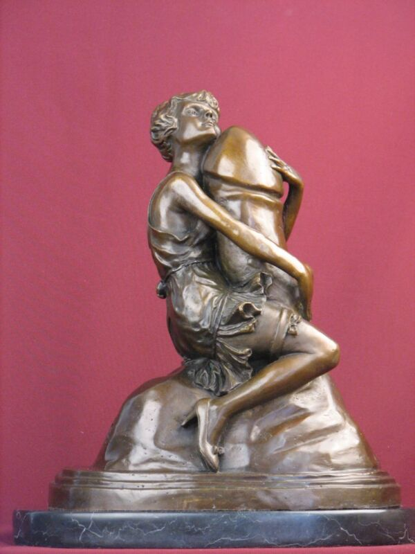 SIGNED RARE BRONZE HANDCRAFTED SCULPTURE  ART DECO STATUE ON MARBLE BASE