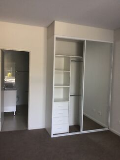 Master rooms or rent wolli creek 3 mins walk from Woolworth