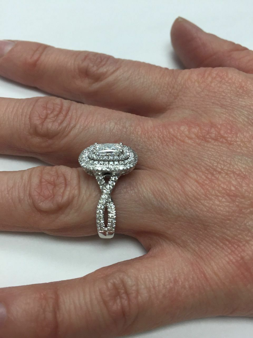 GIA Certified 2.18Ct F-SI1 Radiant Cut Diamond Engagement Infinity Ring 18k Gold 8