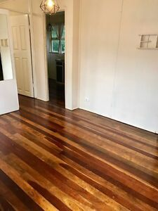 Inexpensive Short-term Rental Norman Park (not share accomm) Norman Park Brisbane South East Preview