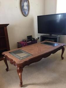 Coffee table with glass Bligh Park Hawkesbury Area Preview