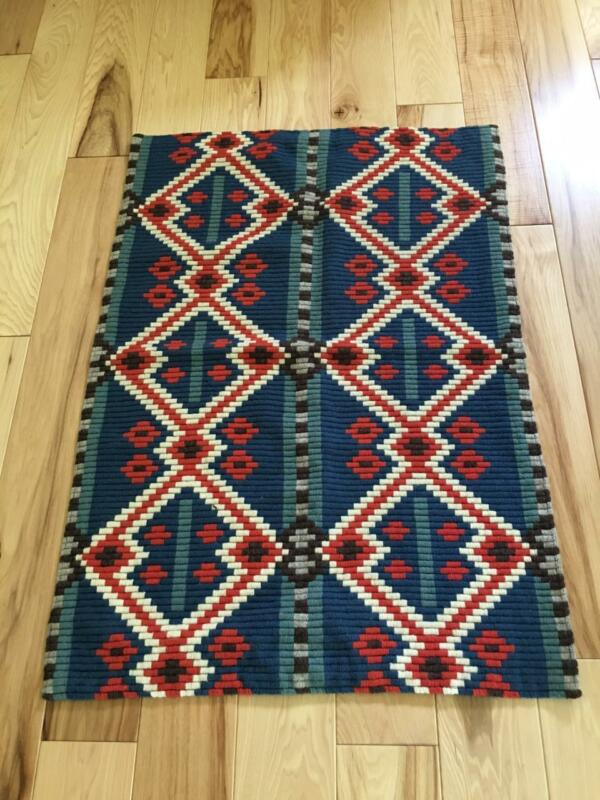 ANTIQUE-ISH PERFECTLY STITCHED NORWEGIAN TAPESTRY OR TABLE RUNNER NORWAY