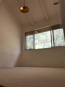 Cosy Room $175 within Uni and Hospital Precinct Tarragindi Brisbane South West Preview