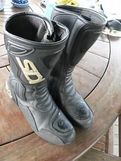 Sidi Motorbike Boots - size 40 / 8 - 8.5 - Black Rain Evo Pine Mountain Ipswich City Preview