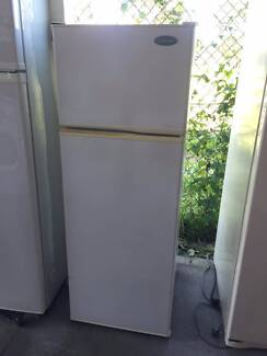 great working 210 liter westinghouse fridge , can delivery at ext